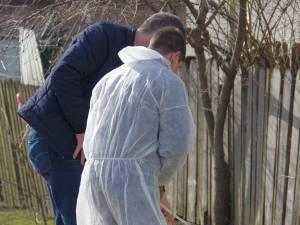 Criminalistii au declanșat cercetări la fața locului