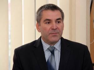 Primarul din Siret, Adrian Popoiu