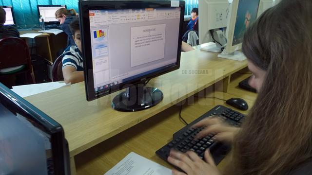 """Peste 80 de elevi suceveni s-au întrecut la Concursul Judeţean de Informatică """"Centenarul Marii Uniri"""""""