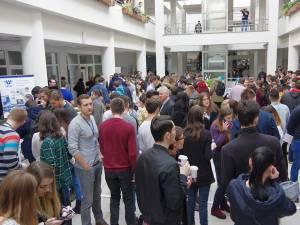 Studenţi, elevi şi IT-işti au discutat despre provocările unei cariere în domeniu