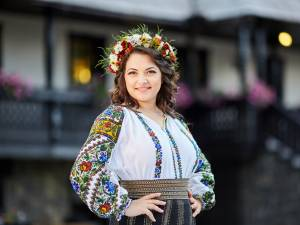 Laura Olteanu a cântat la nunta câştigătorilor de la Târgul de nunţi Trend Mariaj