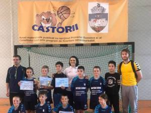 Şcoala Ion Creangă Suceava s-a calificat la turneul final la ONSS handbal primar mixt
