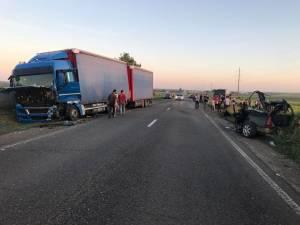Accidentul a avut loc pe un segment de drum în linie, în apropierea localităţii Negostina