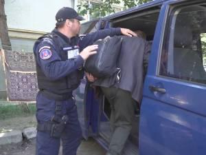 Jandarmi aduși de la București au descins miercuri la Suceava