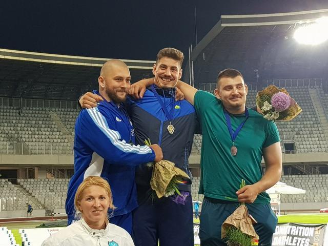 Alin Firfirică, Marius Musteaţă şi Angela Olenici au urcat pe podiumul Internaţionalelor României