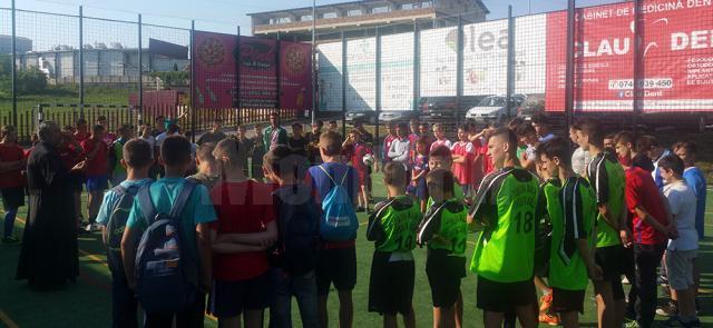 Zeci de copii au participat la turneul de fotbal organizat de Protopopiatul Fălticeni