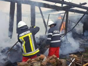 Incendiu puternic la o gospodărie din Horodnic de Sus