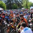 Sute de biciclişti participă sâmbătă la cel mai mare concurs mountain-bike din Bucovina, MTB Dragomirna powered by ASSIST