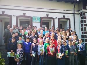 La Ocolul Silvic Dorna Candrenilor au fost prezenţi 50 de elevi