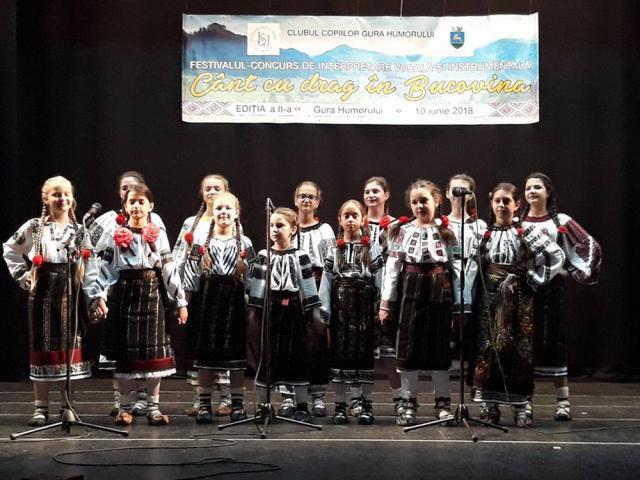 """Festivalul județean """"Cânt cu drag în Bucovina!"""", la Gura Humorului"""