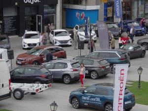 Salonul Auto Bucovina este organizat în centrul Sucevei
