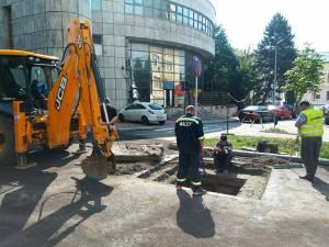 Avaria produsă la rețeaua de apă potabilă a fost cauzată de lucrările de reabilitare a străzii
