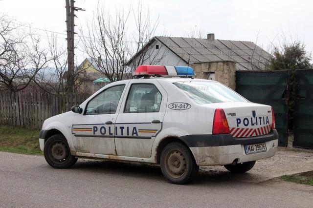 Un bărbat în vârstă de 57 de ani, din Broşteni, şi-a omorât soţia cu un cuţit, după care s-a predat poliţiştilor