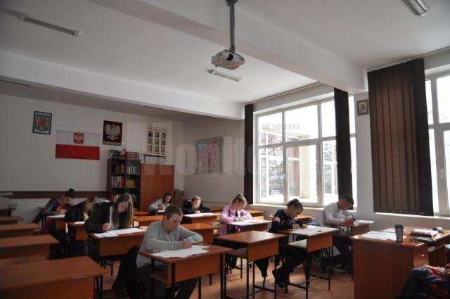 Elevii suceveni au depus aproape 800 de contestaţii