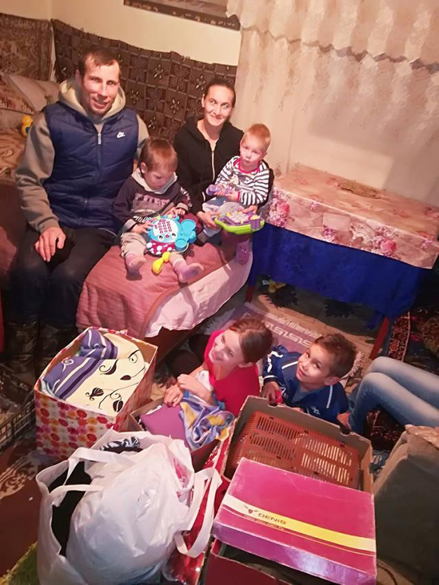 Familia din Călinești - Enache