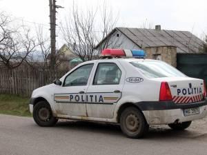 Doi tineri din comuna Dumbrăveni au fost reținuți de polițiști pentru 24 de ore