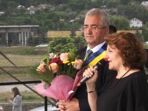 """Cleopatra Cabuz a primit diploma de """"Cetăţean de Onoare"""" al Sucevei """"Cuplurile de aur"""", premiate la Zilele Sucevei"""