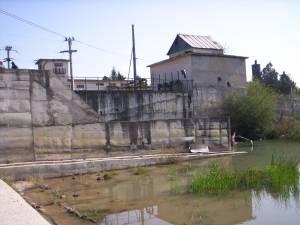 Apele râului Moldova au scos din funcţiune staţia de captare a apei potabile Baia III