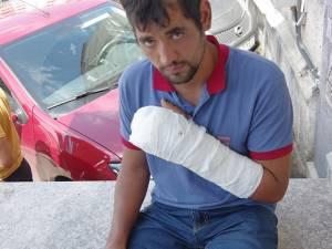 Așa arăta victima după externarea din spital