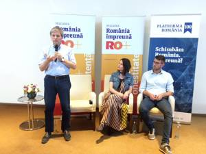 Dacian Cioloş, preşedintele Platformei România 100, s-a întâlnit cu rădăuţenii