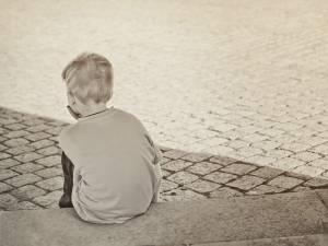 Nici nu vedem păcatele evidente, dar îi pedepsim pentru pozne copilărești