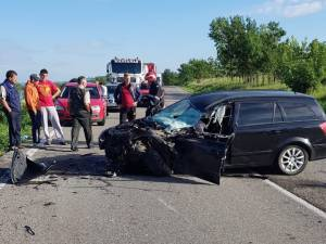 Accident cu patru mașini și șapte răniți pe E 85, la ieșirea din Fălticeni spre Bunești