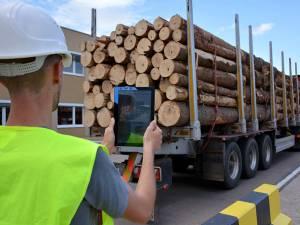 Monitorizare pentru livrările de material lemnos atât direct din pădure, cât şi din depozitele de buştean
