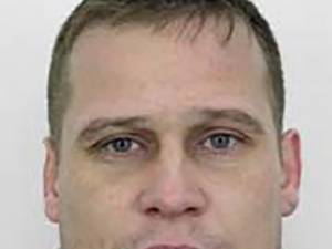 """Cristian Apăvăloaie, zis """"Fărmatu"""", trimis la puşcărie pentru 7 ani şi 6 luni"""