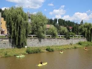 """Duminică a avut loc lansarea caiacelor la apă la cea de-a treia ediție a """"Dorna Kayak Fest"""""""