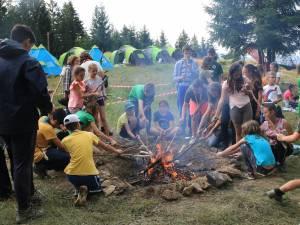 Tinerii au petrecut două săptămâni în nordul României