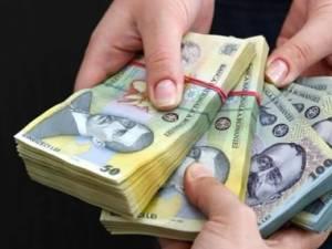 Tânără trimisă în judecată pentru că a încasat bani pentru locuri de muncă în Poliţie FOTO www.realitatea.net
