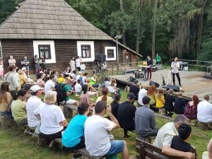Trupa Corbu în concert la Muzeul Satului Bucovinean