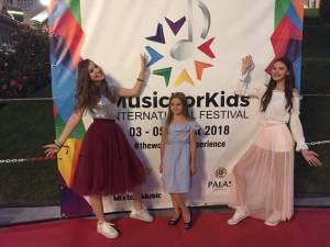 Trei sucevence premiate la un festival la Iași