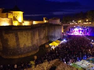 Muzicienii de la Bucovina Rock Castle cer despăgubiri de la cei care au cerut anularea festivalului