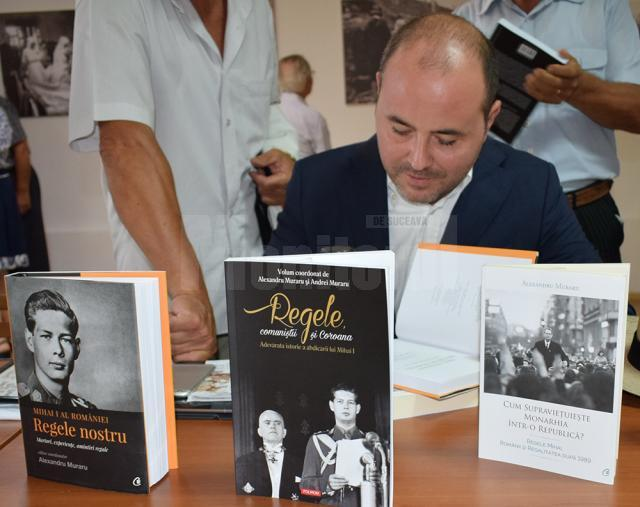 Lansare de carte regală la Fălticeni