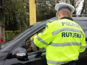Un şofer inconştient, care a pus în pericol viaţa fiului său, a ajuns după gratii