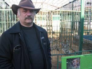 Dorin Șoimaru, administratorul Colțului Zoologic Ilișești