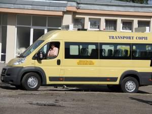 Polițiștii anunță controale la microbuzele școlare