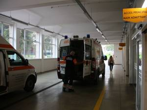 UPU e ca o uzină cu foc continuu, ambulanțele vin și pleacă non-stop