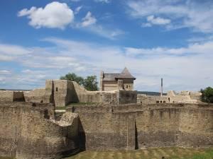 Cetatea de Scaun a Sucevei a fost nominalizată printre cele mai bune destinații din lume