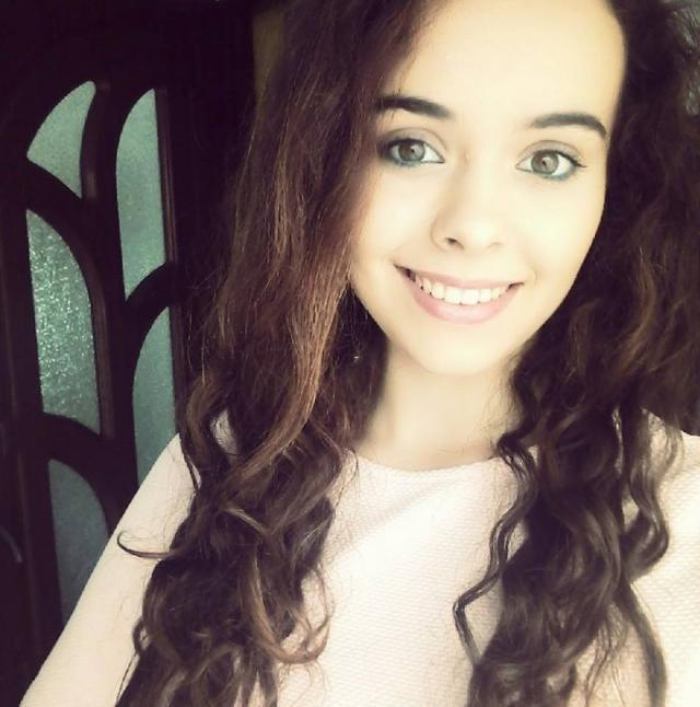 Carmen Andreea este originară din satul Uncești