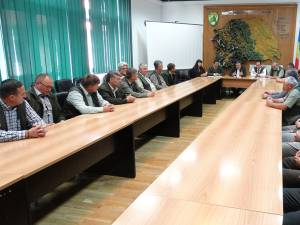 Șeful Direcției Silvice Suceava, Sorin Ciobanu, i-a felicitat pe toți cei prezenți pentru că s-au dovedit a fi cei mai buni dintre profesioniști
