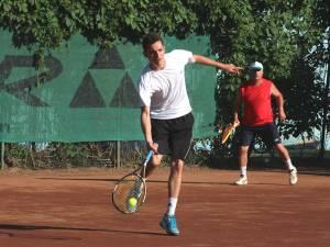 Cupa Select la tenis dublu va începe în scurt timp