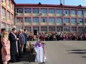 Primarul Ion Lungu participă azi la deschiderea de an şcolar la 14 unități de învățământ din Suceava