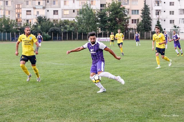 Edy Julei a marcat golul de trei puncte pentru Șomuz. Foto Codrin Anton