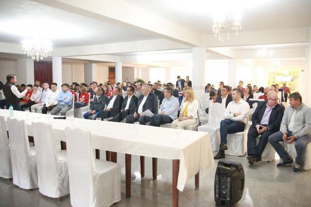 Tinerii din PSD Suceava au fost instruiţi de seniorii partidului
