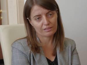 Loredana Corjuc, director al Școlii Gimnaziale Ipotești