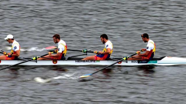Cosmin Pascari, Vasile Tiganescu, Constantin Berariu si Ciprian Huc s-au calificat in semifinalele mondialului de seniori in proba de 4 rame