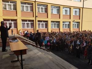 Primarul Sucevei a participat la inaugurarea de an școlar la 14 unități de învățământ