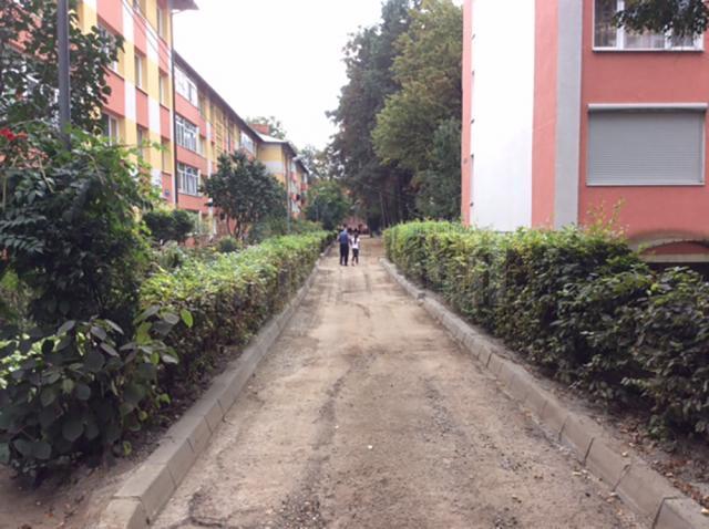 Locuri de parcare și alei moderne pentru locuitorii din zona Manejului-Călărași